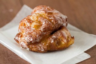 apple-fritter-doughnuts-45-575
